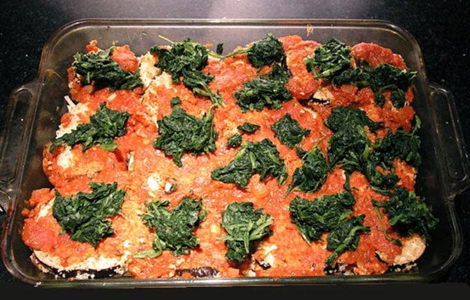 No Fry Eggplant Parmigiana by PanningTheGlobe.com