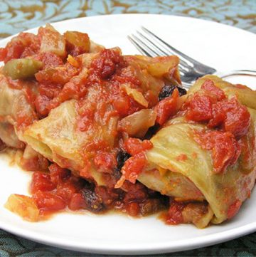 Russian Stuffed Cabbage - step by step instructions | Panning The Globe
