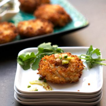 Royal Thai Crab Cakes by Panning The Globe