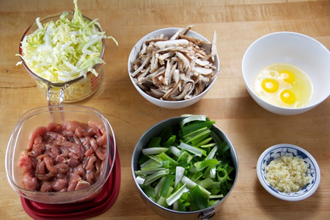 how to make delicious Moo Shu Pork Lettuce Wraps at home