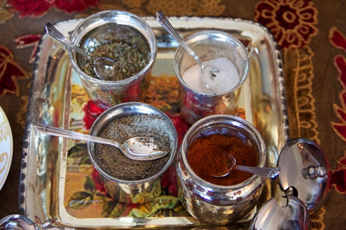 istanbul-soup-toppings