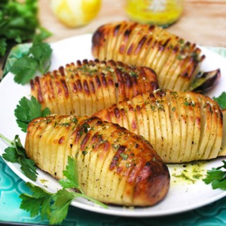 Panning The Globe Best of the Year Hasselback Potatoes