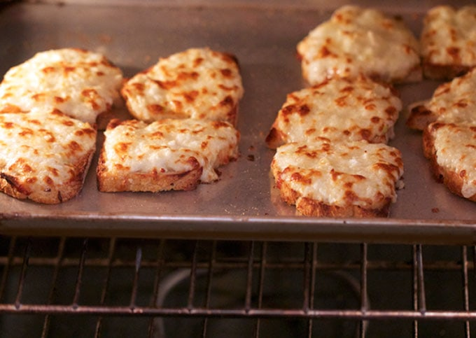 grilled-cheese-in-oven