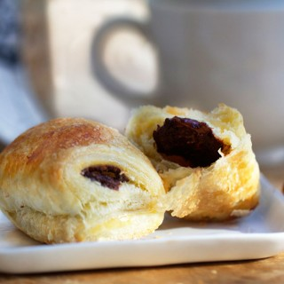 Pain Au Chocolate | an easy recipe for delicious French chocolate croissants | Panning The Globe