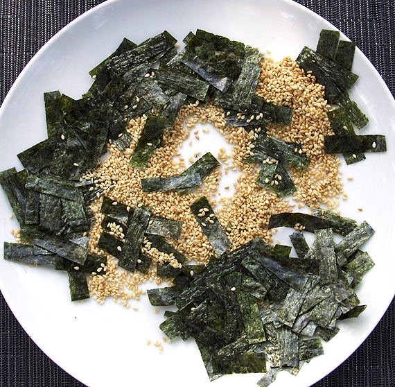 toasted-nori-and-sesame
