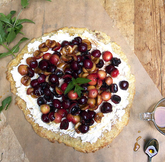 tart with ricotta and fresh cherries