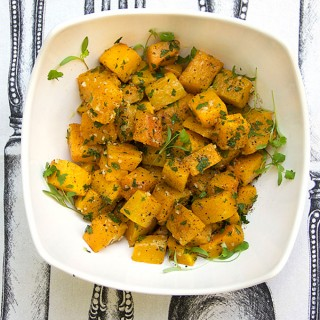 Garlicky Roasted Butternut Squash | Panning The Globe