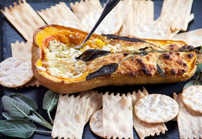 Blue Cheese and Sage Roasted Butternut Squash Appetizer | PanningTheGlobe.com