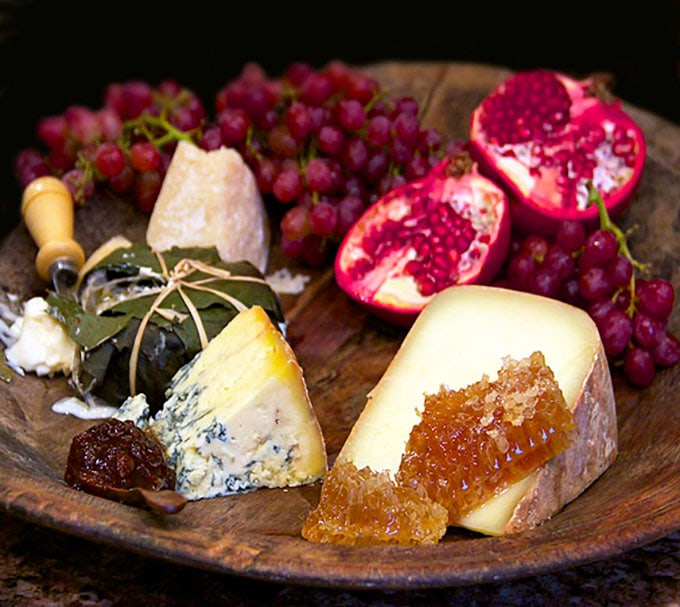 The Ultimate Cheese Platter | Panning The Globe & How To Make The Ultimate Cheese Platter - Some Expert Advice