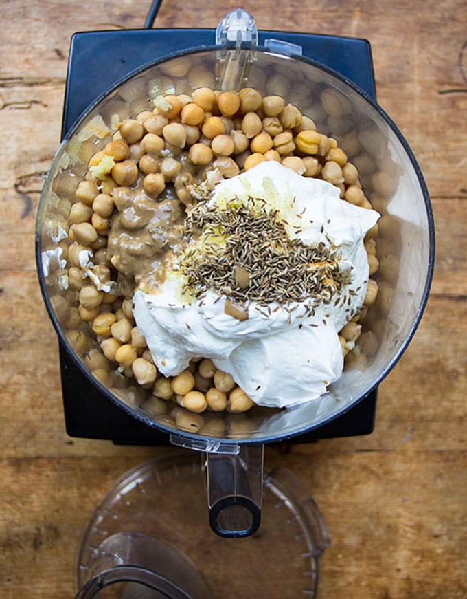 Turkish Hot Layered Hummus|PanningTheGlobe.com