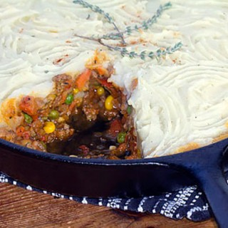 Healthy Spicy Shepherds Pie - Panning The Globe