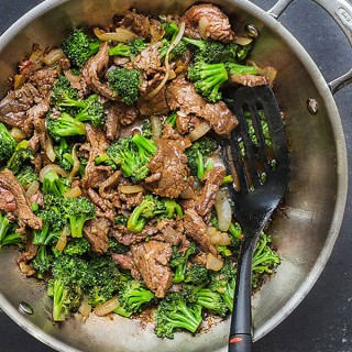 Chinese Beef and Broccoli • better and healthier than takeout • Panning The Globe