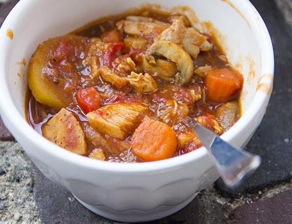 how to make chicken vegetable soup with potatoes