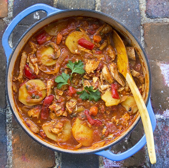 chicken cacciatore with roasted peppers and potatoes