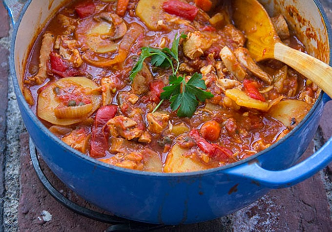 Chicken Cacciatore with Roasted Vegetables and Potatoes by Panning The Globe