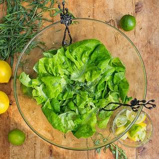 Butter Lettuce Salad with Citrus Honey Vinaigrette - Panning The Globe