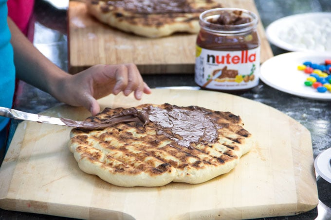 grilled pizza topped with Nutella as the first layer