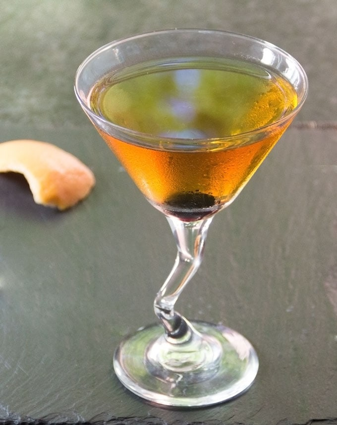 THE PERFECT PERFECT MANHATTAN - Panning The Globe