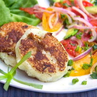 Ecuadorian Cheese and Potato Patties
