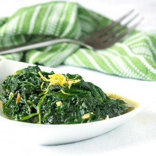 Sautéed Spinach and Garlic - an easy, healthy, delicious side dish | Panning The Globe