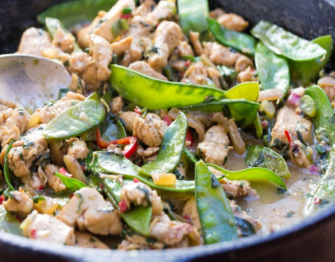 Thai Green Curry Chicken with Snow Peas • Panning The Globe