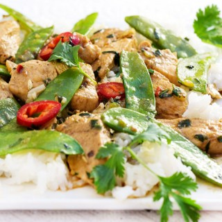 Thai Green Curry Chicken with Snow Peas