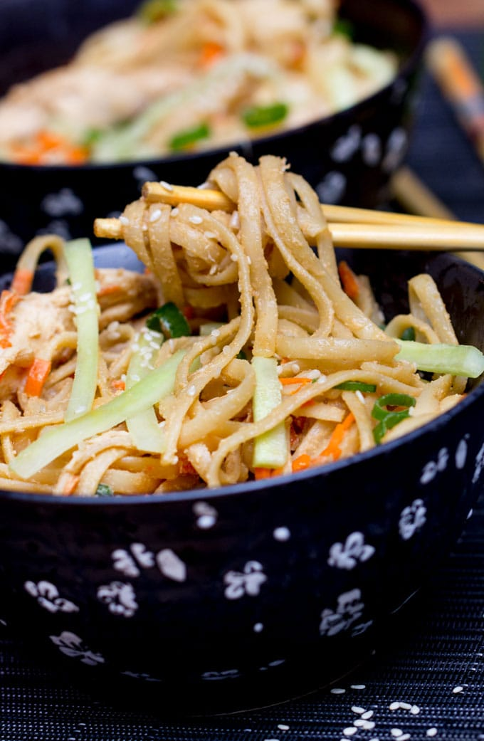 Here's an easy recipe for spicy sesame peanut noodles with chicken and vegetables. It takes just 30 minutes to get this Chinese favorite on the table.