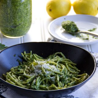 Ten Minute Arugula Pesto with Pistachios and Lemon