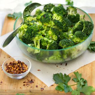 This chimichurri broccoli salad mixes fresh blanched broccoli with the vibrant flavors of Argentinean chimichurri sauce: olive oil, vinegar, garlic, parsley and oregano. It's a heavenly combination. It takes only 20 minutes to prepare and can be made ahead. This wonderful simple healthy recipe will earn a place in your regular rotation.