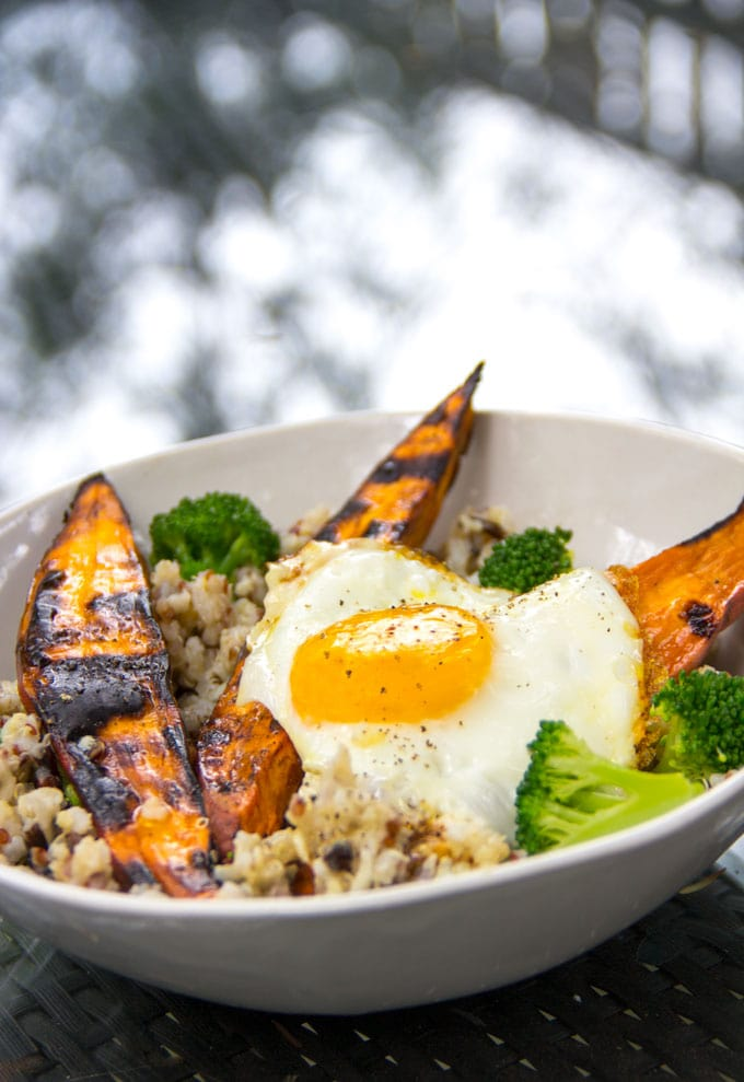 Grilled sweet potato rice bowl with an egg on top
