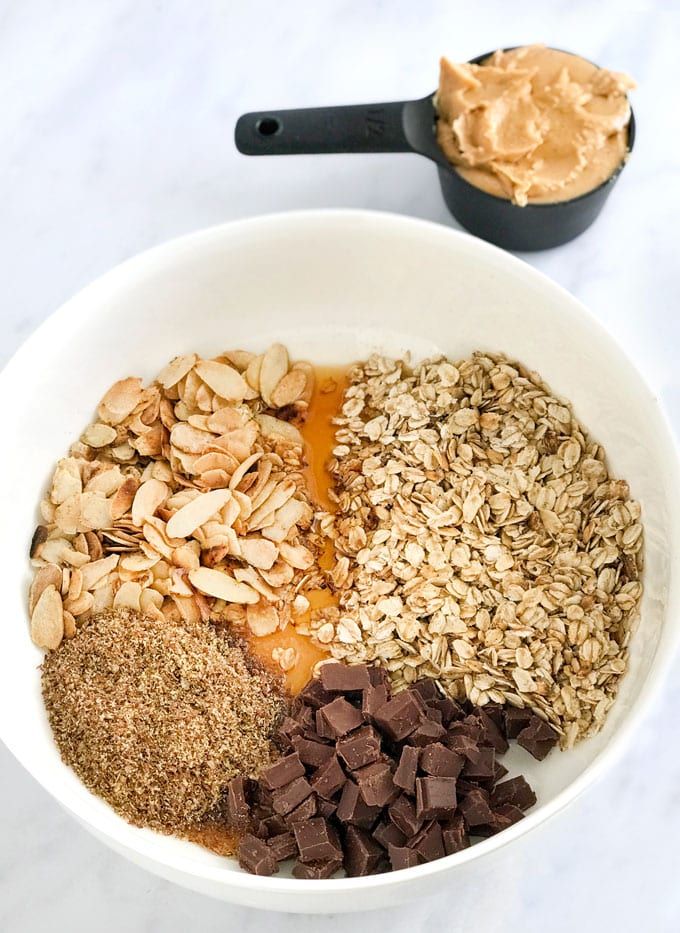 ingredients for no bake oatmeal peanut butter energy bites